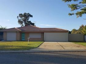 22 Summerlea Avenue, Meadow Springs