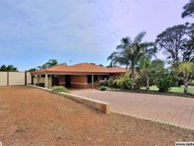 5 Japonica Heights, Halls Head