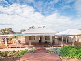 3118 Wandering-Narrogin Road, Cuballing