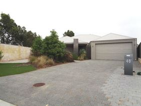 40 Longview Way, The Vines