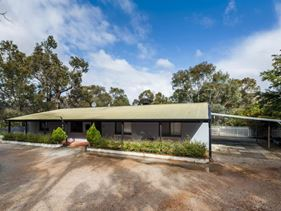 85 Lake View Road, Chidlow