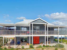 14 Periwinkle Place, Peppermint Grove Beach