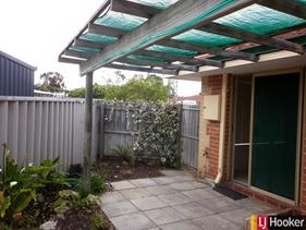 2B Albermarle Close, Coodanup