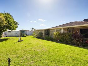 4 Moore Court, Cooloongup