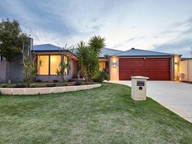 31 Normanby Bend, Success
