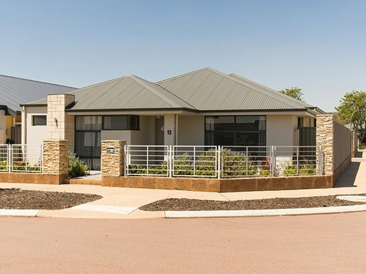 13 Godfrey Way, Byford