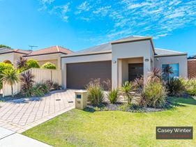 10 Traminer Way, Pearsall