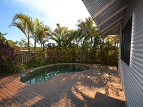 2 De Marchi Road, Cable Beach