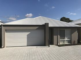 4/12 Willespie Drive, Pearsall
