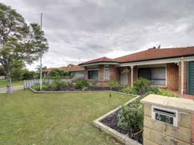 43 Inverness Drive, Meadow Springs