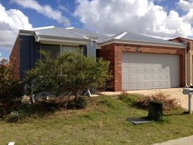 68 Merlot Way, Pearsall