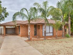 11 Hampden Street, South Kalgoorlie