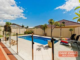 8 Castledene Way, Tapping