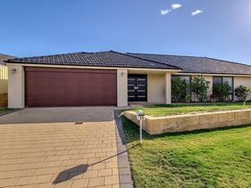 35 Battrass Loop, Baldivis
