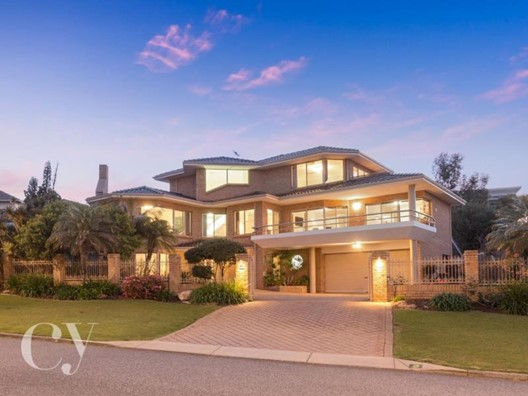 2 Braydon Road, Attadale