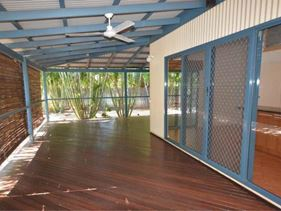 9 Bowerbird Loop, Djugun