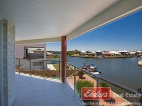 8 Lerici Circle, Pelican Point