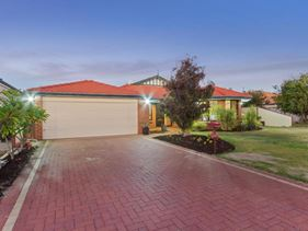 56 Sovrano Avenue, Madeley