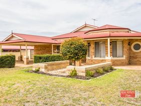 149 Lakeside Drive, Helena Valley