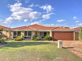 77 Balladong Loop, Carramar