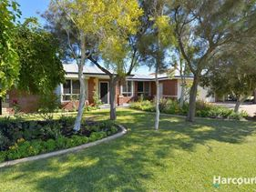 30 Leveque Loop, San Remo
