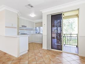 12/16 Ritz Court, Bibra Lake