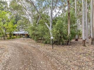 10 Serpentine Way, Stake Hill