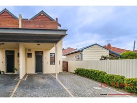 2/247 Scarborough Beach Road, Mount Hawthorn
