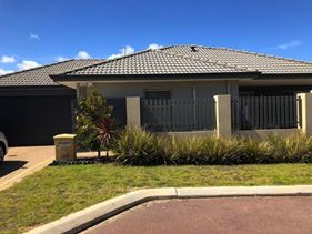 1/148 Willespie Drive, Pearsall
