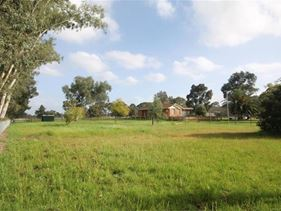 24 Rain Lover Court, Darling Downs