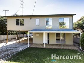 100 Panorama Drive, Preston Beach