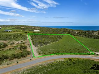 5 North Island Loop, Greenough