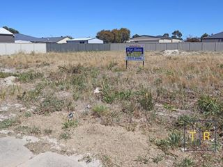 Lot 1057, 1 Waterlily Way, Castletown