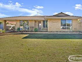 1/24 Sunningdale Chase, Meadow Springs