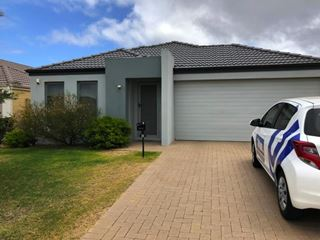 32 Windermere Chase, Butler