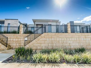 7 Corton Approach, Wellard