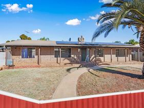 1 Holroyd Way, Boulder