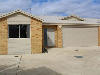6/2 Queeda Drive, Greenfields
