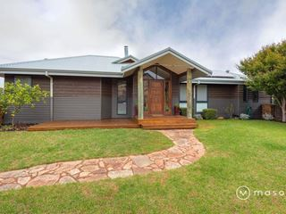 1 Freeman Close, Bayonet Head