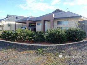 81 St Michaels Parkway, Dunsborough