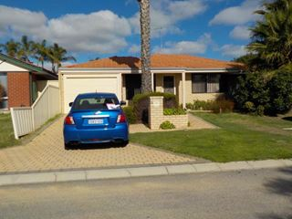 2A Eastleigh Loop, Currambine