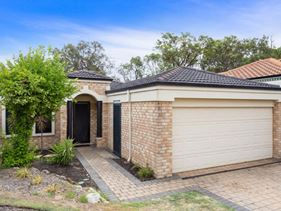 7B Glasshouse Close, Bibra Lake