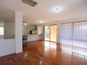 4 The Mews, Canning Vale