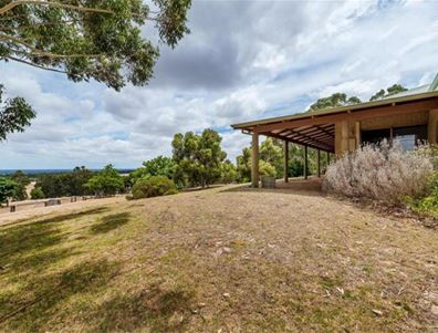 733 Coolup Road East, Meelon