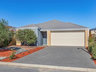 8 Antrim Way, Bertram