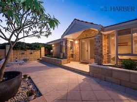 15 Akera Close, Hillarys