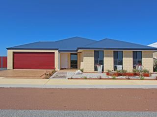 7 Bremer Parade, Jurien Bay