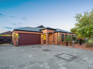 19 Satine Turn, Aveley