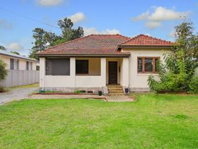 99 Central Avenue, Redcliffe
