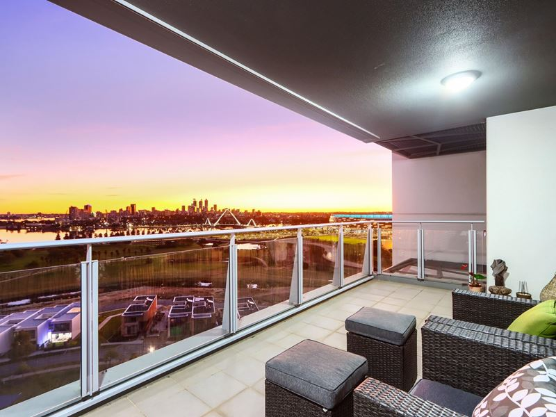 1502/96 Bow River Crescent, Burswood